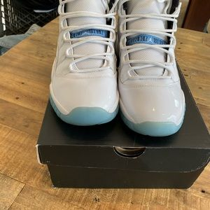 "Jordan Retro 11 ""Legends"" GS 7"